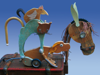 Bremer Stadtmusikanten - Esel, Hund, Katze, Hahn, aus Holz gefertigt, jeweils einer auf dem Rücken des anderen