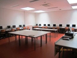 EDV Unterrichtsraum Schülerarbeitsplätze