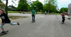 3 Jugendliche beim Skaten (Foto: Stadt Jülich)