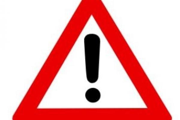 Bild: Das Verkehrszeichen Achtung