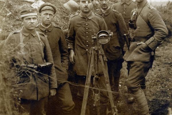 Bild: Soldaten im I. Weltkrieg