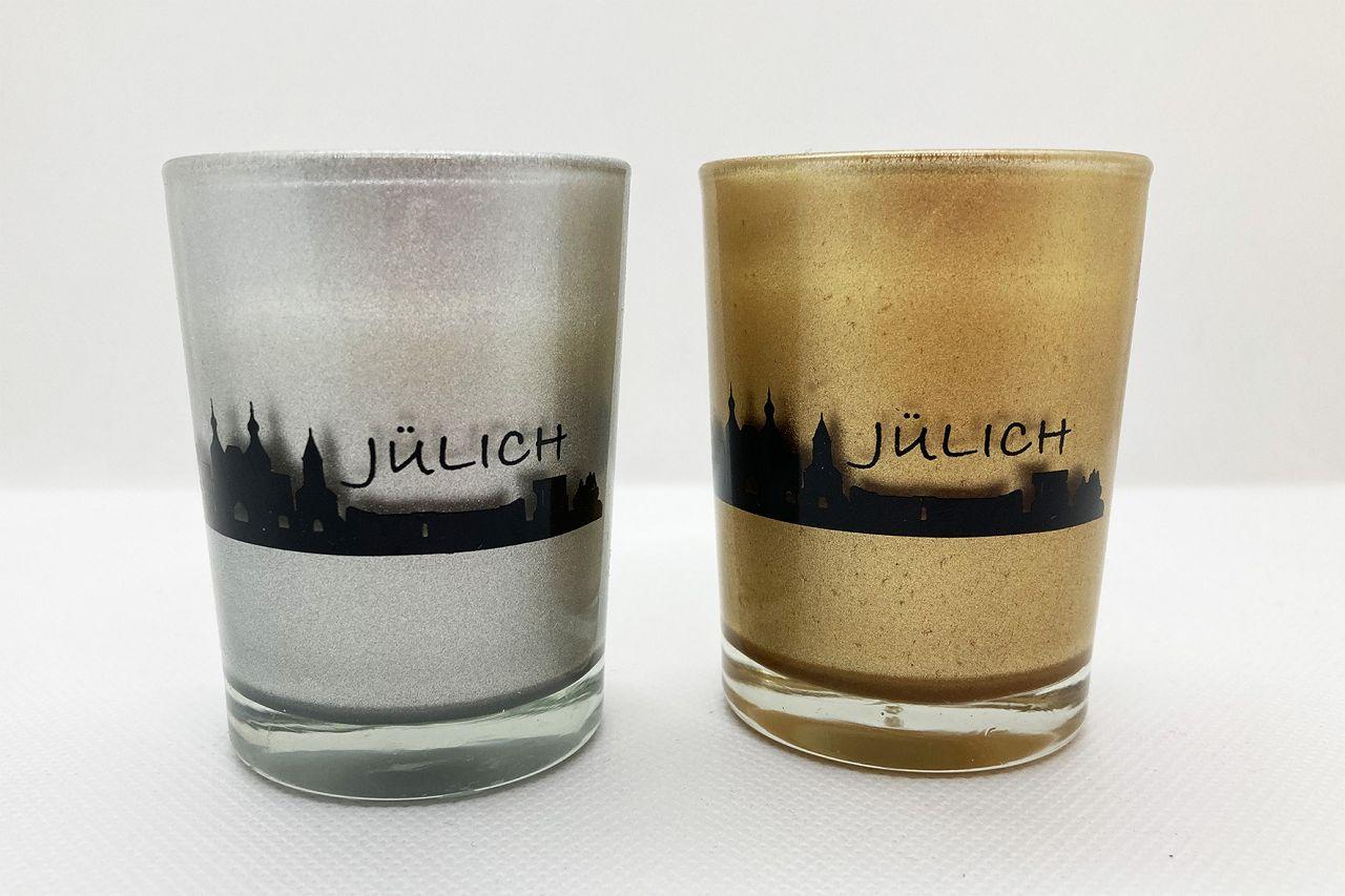 Windlicht silber/gold, rund um das Teelichtglas ist die