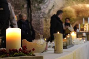 Adventsmarkt Südbastion, Blick in die Bastion mit Ausstellungsständen